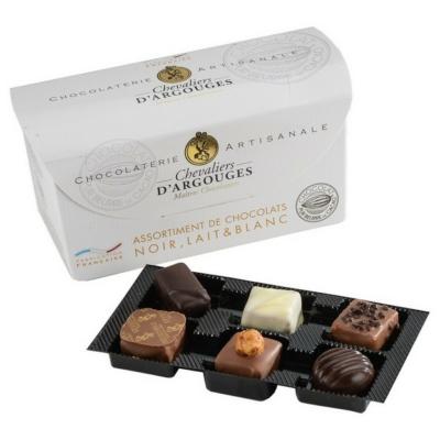 chevaliers praliné csokoládé válogatás bonbon